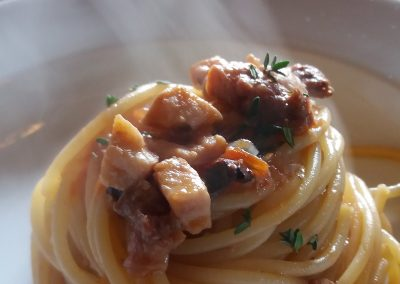 catering_cerinella_primo_pasta_spaghettoni_pesce_matrimonio_toscana_wedding_Tuscany