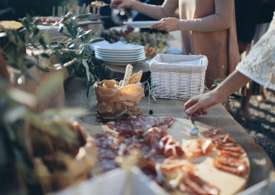 country_Tuscan_aperitif_cerinella_catering_wedding_salami