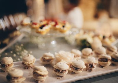 dessert_table_macaron_wedding_Tuscany_cerinella_catering