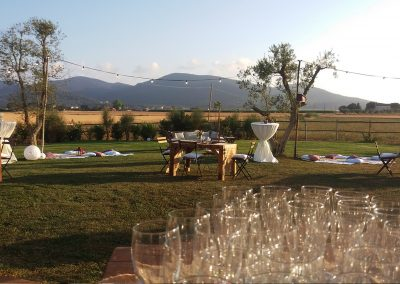 high_bar_tables_wedding_tuscany_cateringcerinella