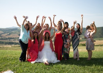 wedding_tuscany_val_d_orcia_pienza_cerinella_weddingplanner_catering_bride_bridesmaids