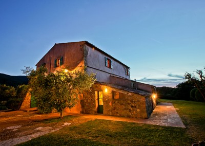 relais_argentario_tuscan_coast_wedding_tuscany_cerinella_wedding_venue_villa_by_night