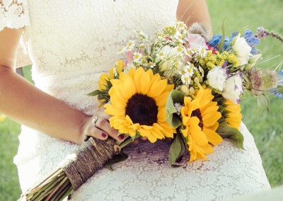 tuscan-style-sunflower-wedding-bouquet