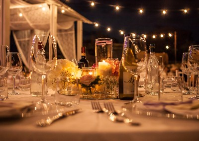 cerinella_wedding_tuscany_flower_candles_centerpiece_matrimonio_magliano_toscana_centrotavola