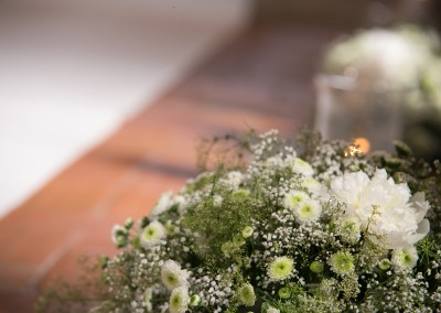 church_flower_decor_decorazione_floreale_cerimonia_nuziale_cerinella_weddingplanner_toscana