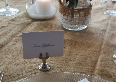 table_decor_countrychic_masonjar_cerinella_weddingplanner_Tuscany