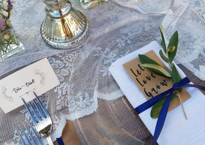 wedding Tuscany_menu_placecards_olive leaves_lace_cerinella_wedding