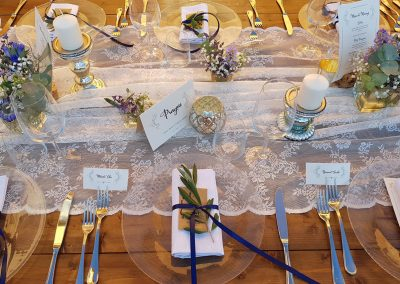 wedding Tuscany_menu_placecards_olive leaves_lace_cerinella_wedding_catering