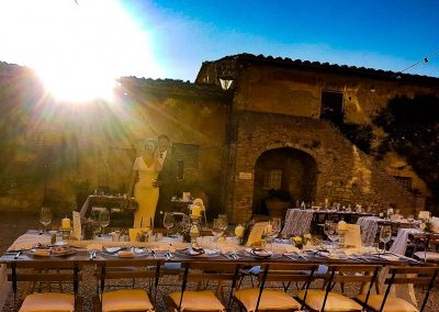 wedding Tuscany_villa_siena_wedding dinner_cerinella catering_bride&groom