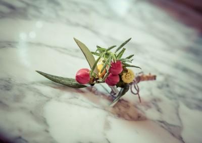 wedding tuscany - matrimonio in toscana - bottoniera sposo