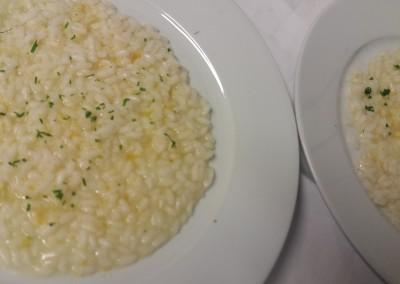 risotto_bottarga_limone_catering_cerinella_toscana_italia