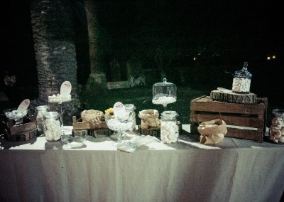 wedding tuscany - matrimonio in toscana - confettata con allestimento country