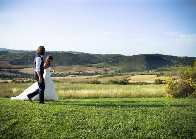 agriturismo_wedding_venue_monticchiello_pienza_val_d_orcia_tuscany_bride_groom_view_countryside