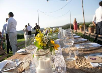 country_wedding_decor_sunflowers_cerinella_weddingplanner