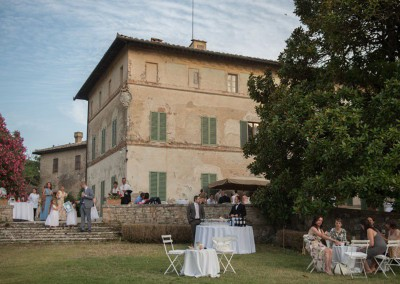 historic_wedding_venue_dimora_storica_siena_monteriggioni_val_elsa_chianti_cerinella_weddingplanner_garden_aperitif