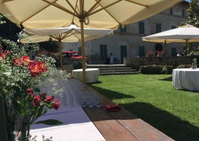 historic_wedding_venue_dimora_storica_siena_monteriggioni_val_elsa_chianti_cerinella_weddingplanner_garden_buffet