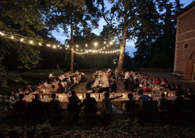 historic_wedding_venue_dimora_storica_siena_monteriggioni_val_elsa_chianti_cerinella_weddingplanner_outdoor_reception_lights