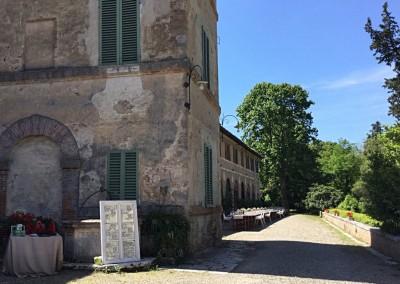 historic_wedding_venue_dimora_storica_siena_monteriggioni_val_elsa_chianti_cerinella_weddingplanner_villa_couryard