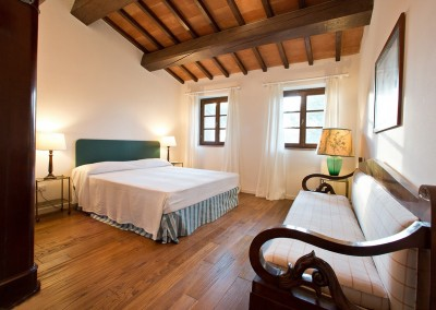 borgo_maremma_scansano_wedding_venue_tuscany_cerinella_weddingplanner_bedroom1
