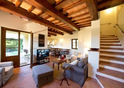 borgo_maremma_scansano_wedding_venue_tuscany_cerinella_weddingplanner_living_room_garden