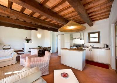 borgo_maremma_scansano_wedding_venue_tuscany_cerinella_weddingplanner_villa_kitchen