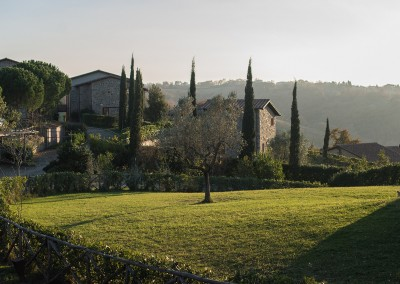 borgo_maremma_scansano_wedding_venue_tuscany_cerinella_weddingplanner_villa's_view_garden