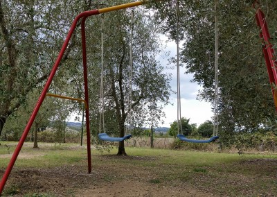 agriturismo_tuscany_cerinella_wedding_children_playground