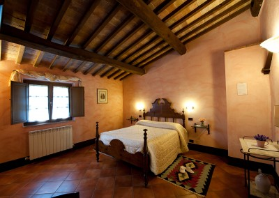 venue in val d'orcia, example of two-room apartment (2+2) - double room 2, cerinella wedding