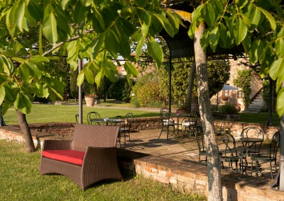 venue in val d'orcia, garden and gazebo 2, cerinella wedding