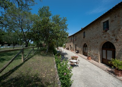 venue in val d'orcia, ground floor apartments, cerinella wedding