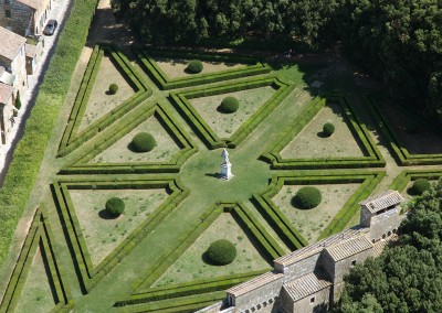 venue in val d'orcia, horti leonini for civil ceremony in San Quirico d'Orcia, cerinella wedding