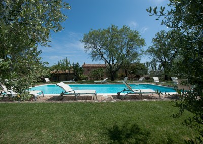 venue in val d'orcia, swimming pool 2, cerinella wedding