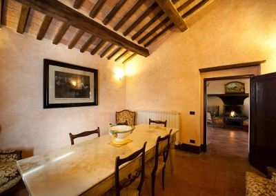 venue val d'orcia, common room first floor, cerinella wedding