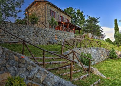 casa di elsa_villa_santa fiora_monte amiata_cerinella_wedding planning_tuscany_countryside_stonevilla_view