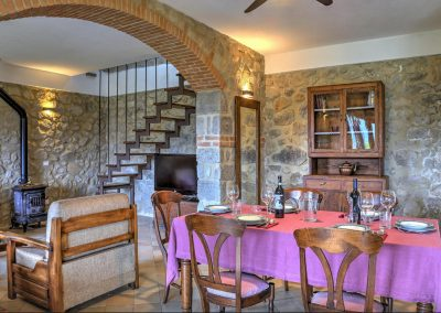 casa di elsa_villa_santa fiora_monte amiata_cerinella_wedding planning_tuscany_countrystyle_dining room