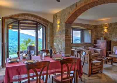 casa di elsa_villa_santa fiora_monte amiata_cerinella_wedding planning_tuscany_countrystyle_dining room_view