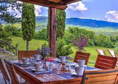 casa di elsa_villa_santa fiora_monte amiata_cerinella_wedding planning_tuscany_view
