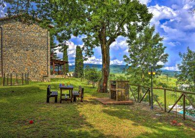 casa di elsa_villa_santa fiora_monte amiata_cerinella_wedding planning_view_tuscan countryside_barbecue