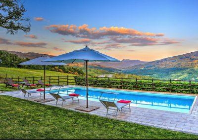 casa di elsa_villa_santa fiora_monte amiata_cerinella_wedding planning_view_tuscan countryside_pool